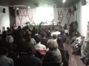 Imatge del debat sobre crowdfunding